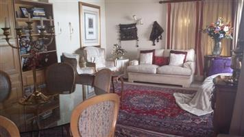 Bryanston - Furnished bedroom in a 5 bedroom town-house available R6000