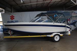 sunfish 17 ft on trailer 130 hp yamaha