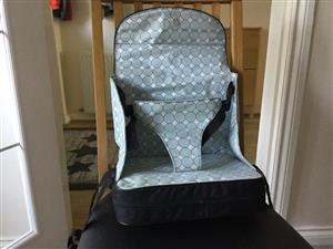 Potable Feeding Chair - easy and compact - Baby polar travel booster seat