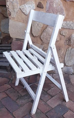 White wooden Fold up chairs