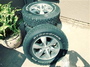 Set of BF Goodrich tyres and rims for sale, 16 inch 4x4