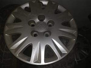 08 Honda Civic wheelcapsx4 r250