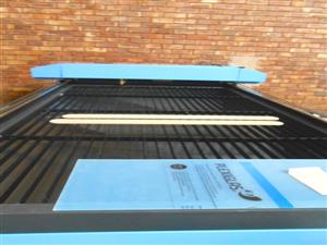 LC-1325R/160 TruCUT Standard Range 1300x2500mm Flatbed, Front Section Motorised Table