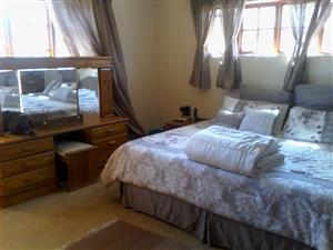 3-4 BEDROOM HOUSE TO RENT ON PLOT - MNANDI AREA - CENTURION