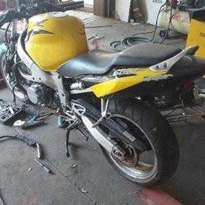 2000 Honda CBF600