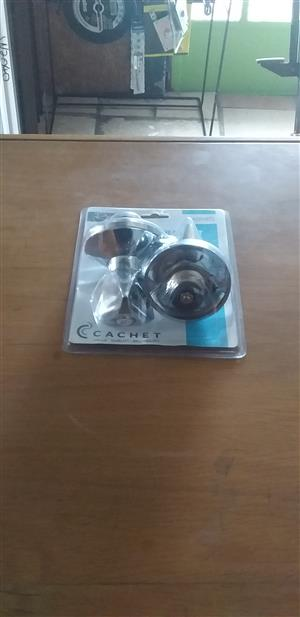 2nd Large shower taps (PR) cheap!!