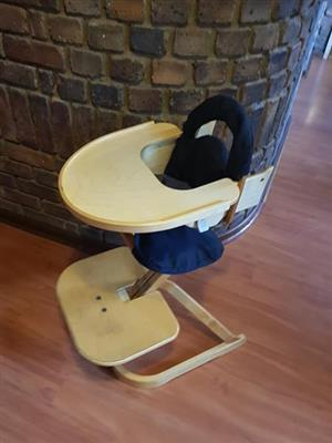 Zvan of Swedan High Chair