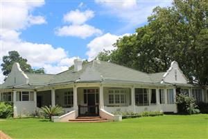 BENONI-MARISTER-BEST AREA-3 Ha=LOVELY COLONIAL STYLE RESIDENCE ON 3 Ha!!!