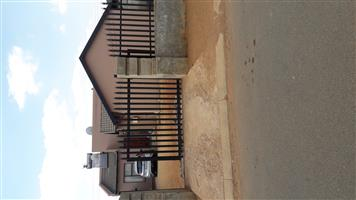 ROOM FOR RENTAL AT BRAAMFISHERVILLE EXT14/PHASE 4