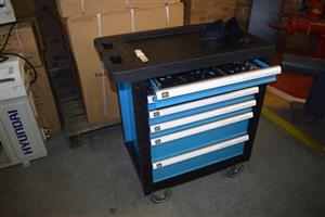 Blue tool case with wheels for sale
