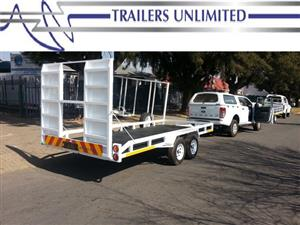 TRAILERS UNLIMITED DOUBLE AXLE CAR TRAILER. SOLID RAMP.