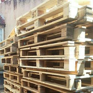 Light Euro pallets for sale good for storage and woodwork /furniture making