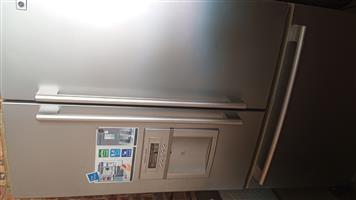 LG 3Door Fridge New
