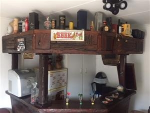 Solid wooden Bar for sale including 5 Bar Stools