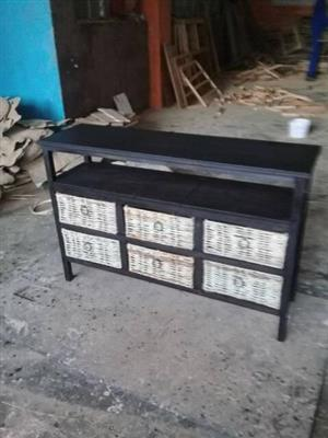 For sale chest of drawers