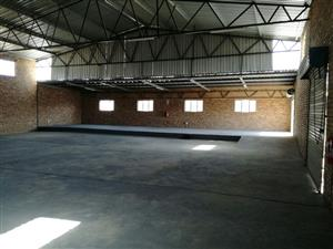 BUILDING/WAREHOUSE FOR SALE IN BURGERSFORT!!!