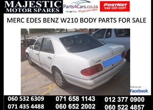 Various mercedes benz w210 parts for sale
