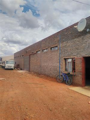 Large Warehouse to rent in Kuruman