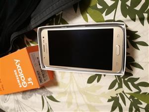 Samsung J5 for sale