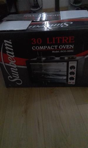 BRAND NEW! Sunbeam 30L Compact Oven