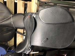 Stunning brand new saddle for sale