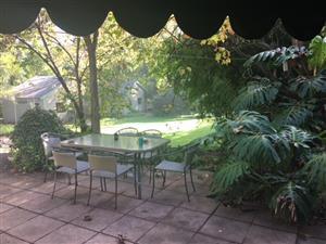 Randburg/Sandton Charming House in Craighall to share R4600