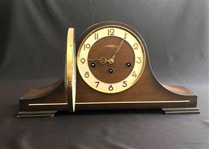 BULOVA MANTEL CLOCK, WESTMINSTER CHIME, 8 DAYS WINDING