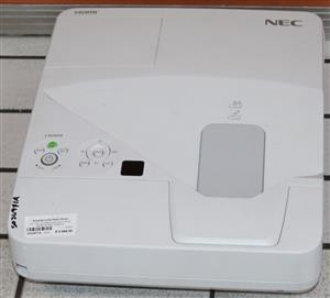 S034971A NEC NP UM 280W projector with remote & cables #Rosettenvillepawnshop