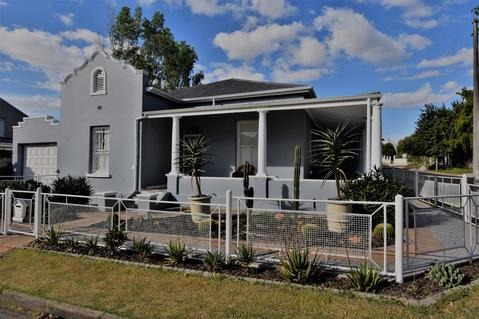 Creative lifestyle- Extremely beautiful Gem in Wellington!