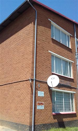 Spacious 1 bedroom flat available to rent in Haddon