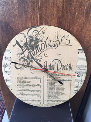 Unique wall clock on a Old Vinyl record player disc / LP inspired by Dvorak!