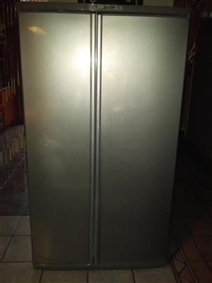 Frige freezer Defy double door