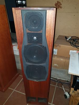 TDL MONITOR TRANSMISSION LINE LOUDSPEAKERS