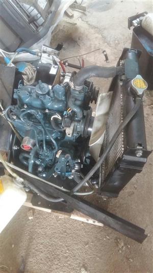 kubota Z482 two cylinder engine