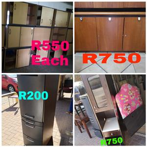 Cabinet / servers poofs/ottomans from R200