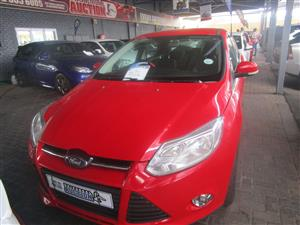 2012 Ford Focus sedan 1.0T Ambiente