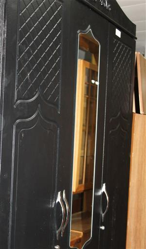 3 door wardrobe S032171A #Rosettenvillepawnshop