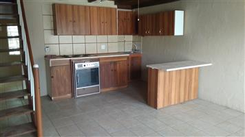 Double storey flat in Bainsvlei