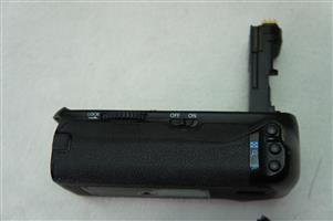 Pixel Battery Grip E14 for 70D/80D Canon DSLR Camera