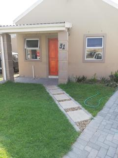Townhouse For Sale in Gaylee