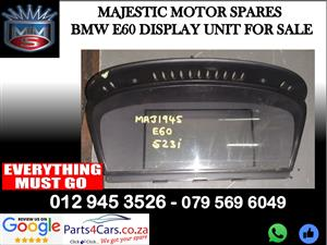 Bmw E88 display unit for sale