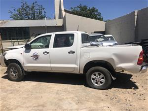 Toyota Hilux 2.5 D-4D - Model 2012 - Stripping for spares [ref NN0326]