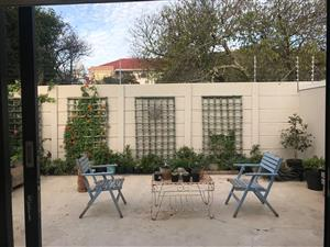 3 bedroom house for rent in Claremont, Cape Town