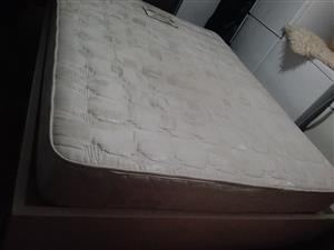 Double bed and matrice in mint condition