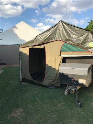 Echo 4 4x4 off-road camping trailer