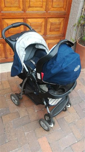 Graco travel system (pram and removable baby car seat) for sale  Kempton Park