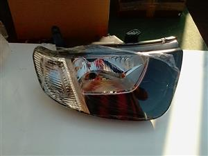 MISTIBHISHI  TRITON HEAD LIGHT L.S 2011