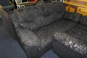 2 & 3 Seater Lounge Suite
