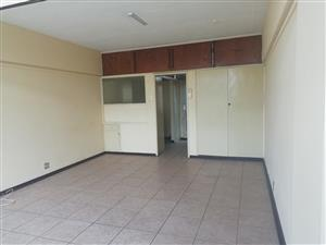 Spacious Bachelor Flat For Rent in Pretoria Central
