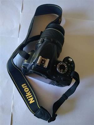 Nikon D3100 for sale R5000 negotiable